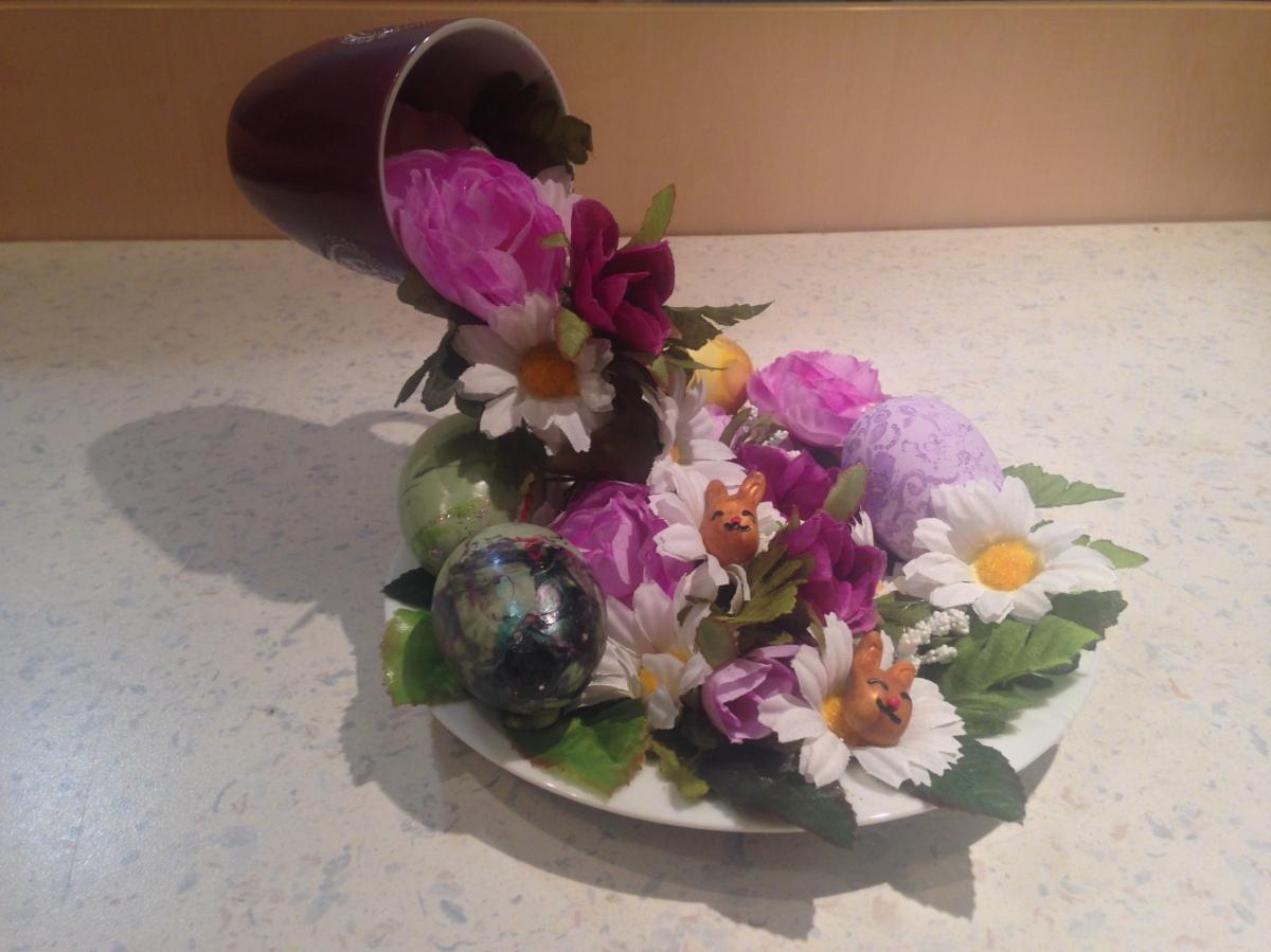 DIY Osterdeko - Blumenwasserfall