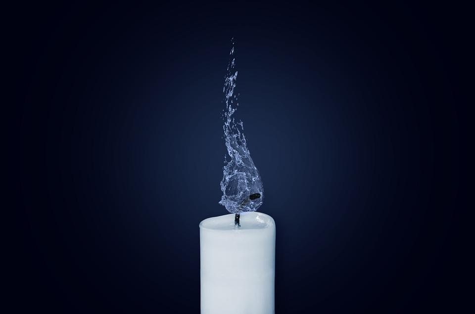 candle-1042087_960_720.jpg