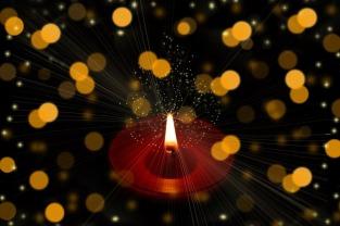 candle-4645123_960_720
